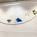 AM HOCH, Young Boat (Future Reflection Sister Past), site-specific installation at SetUp Art Fair 2015 in Bologna; painted mirrors, copper wire, branch; approximately 130 x 240 cm, (51 x 94.5 inches), 2014/2015.
